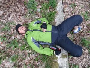 Gooby au fond du sac... Allez courage gamin, plus que 30 Km !!