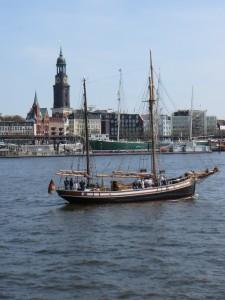 Arrivée à Hambourg. Petite photo de l'Elbe !