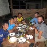 Excellent !! Les profs de cette ecole au milieu de la campagne Cambodgienne nous accueillent deux nuits, que du bonheur !