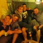 A Sydney, nous partageons un(des) houblon(s) avec Kiki et Audrey qui nous gâtent. ça fait plaisir de croiser des têtes connues de l'autre coté du globe !!