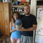 Accueil à Ufa par Nuriya et son ami.