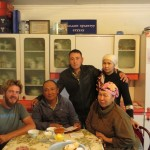 Cette famille nous accueille deux jours dans leur maison a Kochkor, Kyrgyzstan