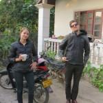Amy et son coloc Lance nous acueillent quelques jours dans leur maison aux abords de Vientiane.