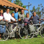 Nous passons une nuit fraîche dans le jardin de cette gentille famille, à Patzun, Guatemala